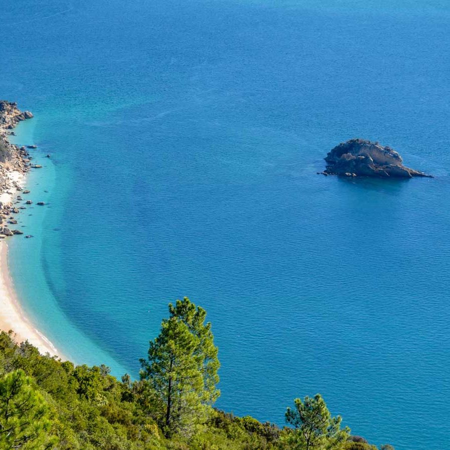 Secret beach in Arrábida`s park
