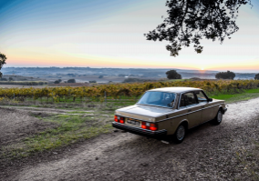 Lisbon Countryside tour in a Volvo